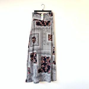 Agnes & Dora Boho Maxi Skirt NWT Size XS 0-2
